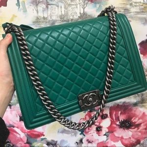 Chanel Large Boy 30